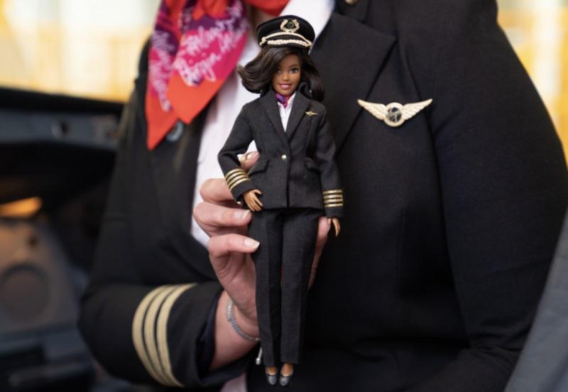 Virgin Atlantic Boneca Barbie Piloto