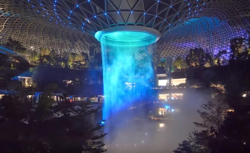 Aeroporto Changi Jewel Queda D'água Show Luzes