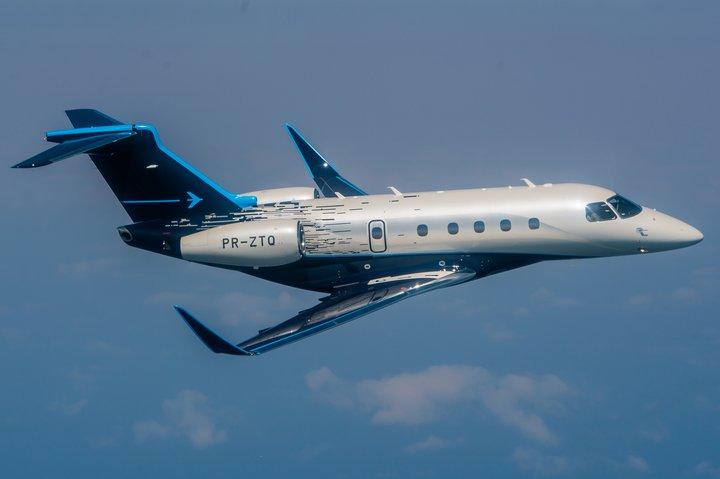 Embraer Praetor 500 Air to air