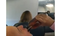 Vídeo Passagerios pouso emergência 737 Swift Air