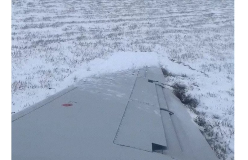 Vídeo Embraer 145 Envooy Derrapagem Neve Chicago