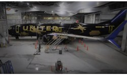 Vídeo United Pintura 737 Star Wars