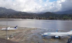 Aeroporto Ajaccio Córsega França Inundado