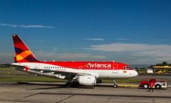 Avião Airbus A318 Avianca