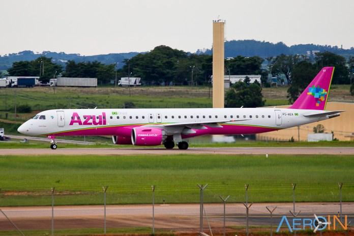 Avião Embraer E195 E2 Azul Rosa