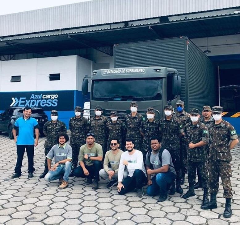 Azul Transporte Equipamentos Hospital COVID-19