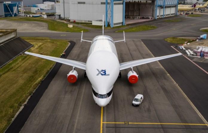 Avião Airbus Beluga XL #3