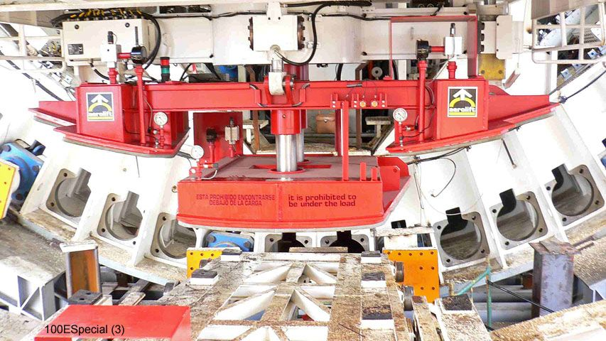 This vacuum lifter of Aerolift is used in the tunnel boring machine (TBM) to position tunnel segments