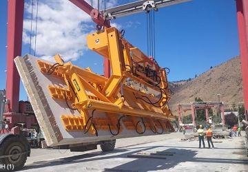 Aerolift vacuum lifter to turn concrete elements