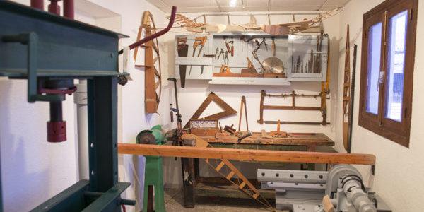 Detalle interior de carpintería en Terminal Histórica