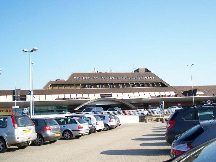 Aeropuerto Internacional de Estrasburgo (SXB) - Aeropuertos.Net
