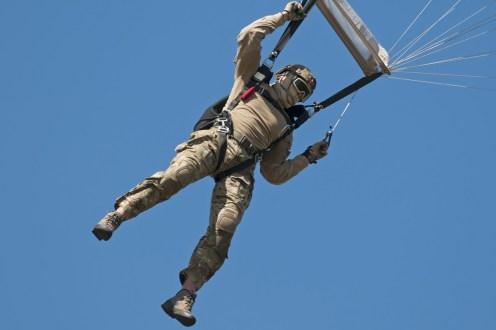 © Duncan Monk • RDAF Parachute Display • RDAF Karup Airshow 2014