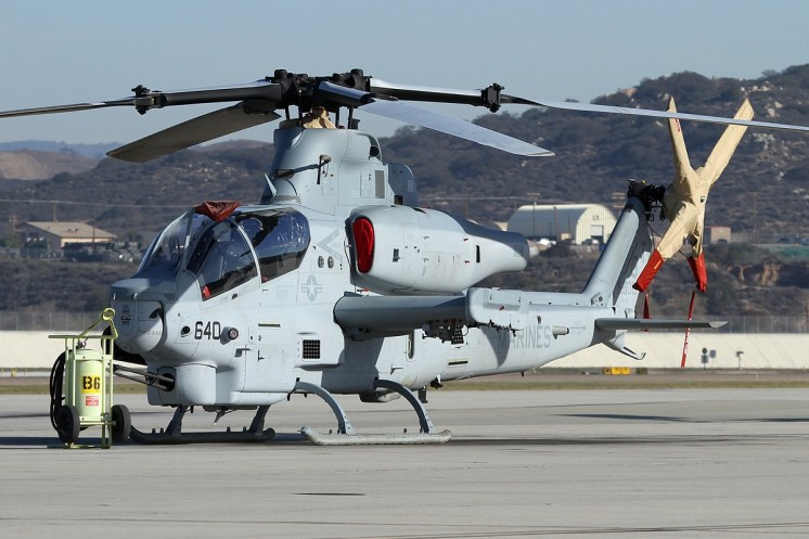 © Mark Forest • Bell AH-1Z Viper • Marine Corps Base Camp Pendleton