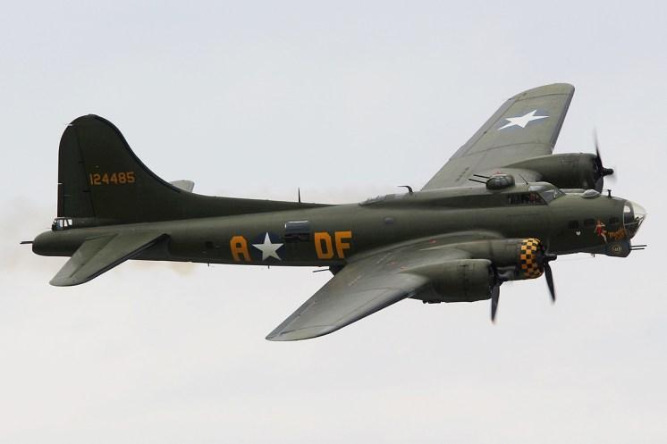 © Jamie Ewan • Boeing B-17G Sally B • Dunsfold Wings & Wheels 2015