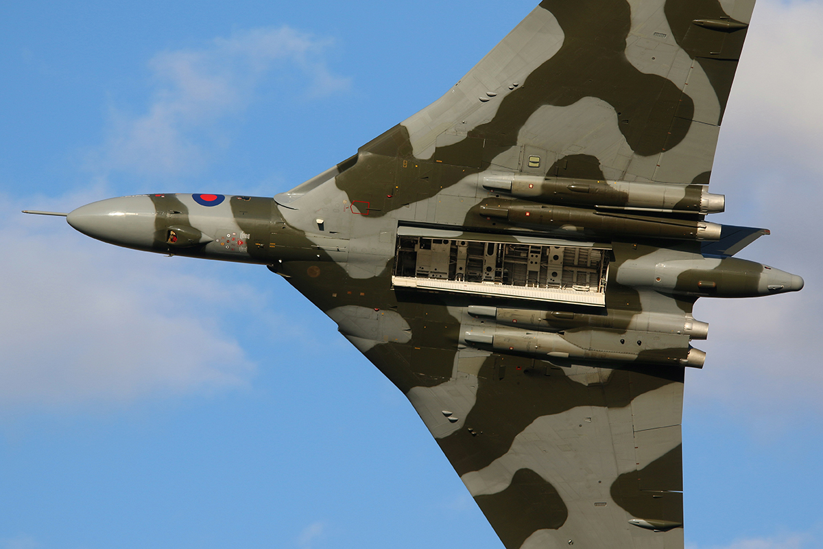 © Jamie Ewan - Avro Vulcan B.2 XH558 - The Yorkshire Air Show 2015