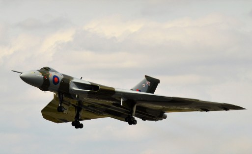 © Darren Foster - 22nd August 2015 taking off from Robin Hood - Vulcan XH558 Image Wall