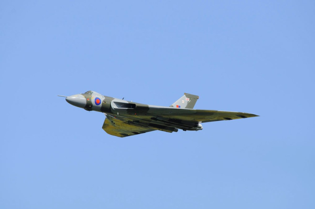 © Neal Edward - Newark 27-06-2015 Salute To The V Force Tour - Vulcan XH558 Image Wall