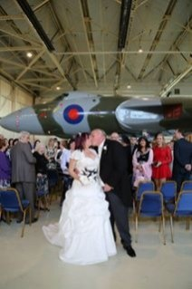 © Neil Winter - Wedding under XH558 19/10/2014 - Vulcan XH558 Image Wall