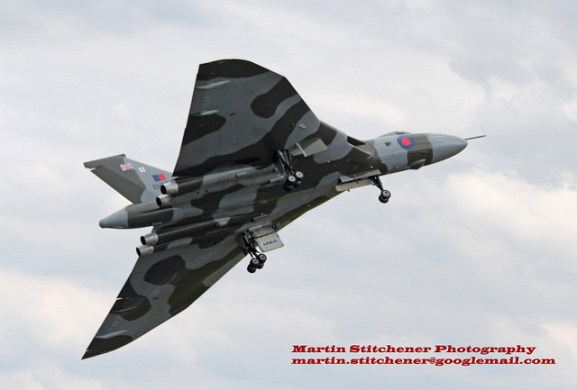 © Martin Stitchener - Vulcan take off Waddington 2014 - Vulcan XH558 Image Wall