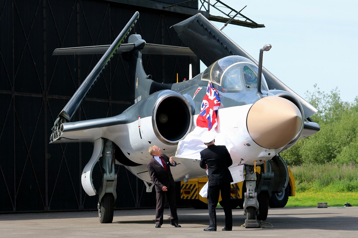 © Jamie Ewan - Blackburn Buccaneer S2 XN974 Unveil