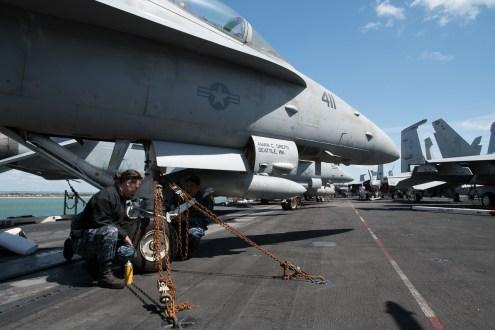© Duncan Monk - F/A-18 Hornet maintainers - USS George H W Bush CVN 77