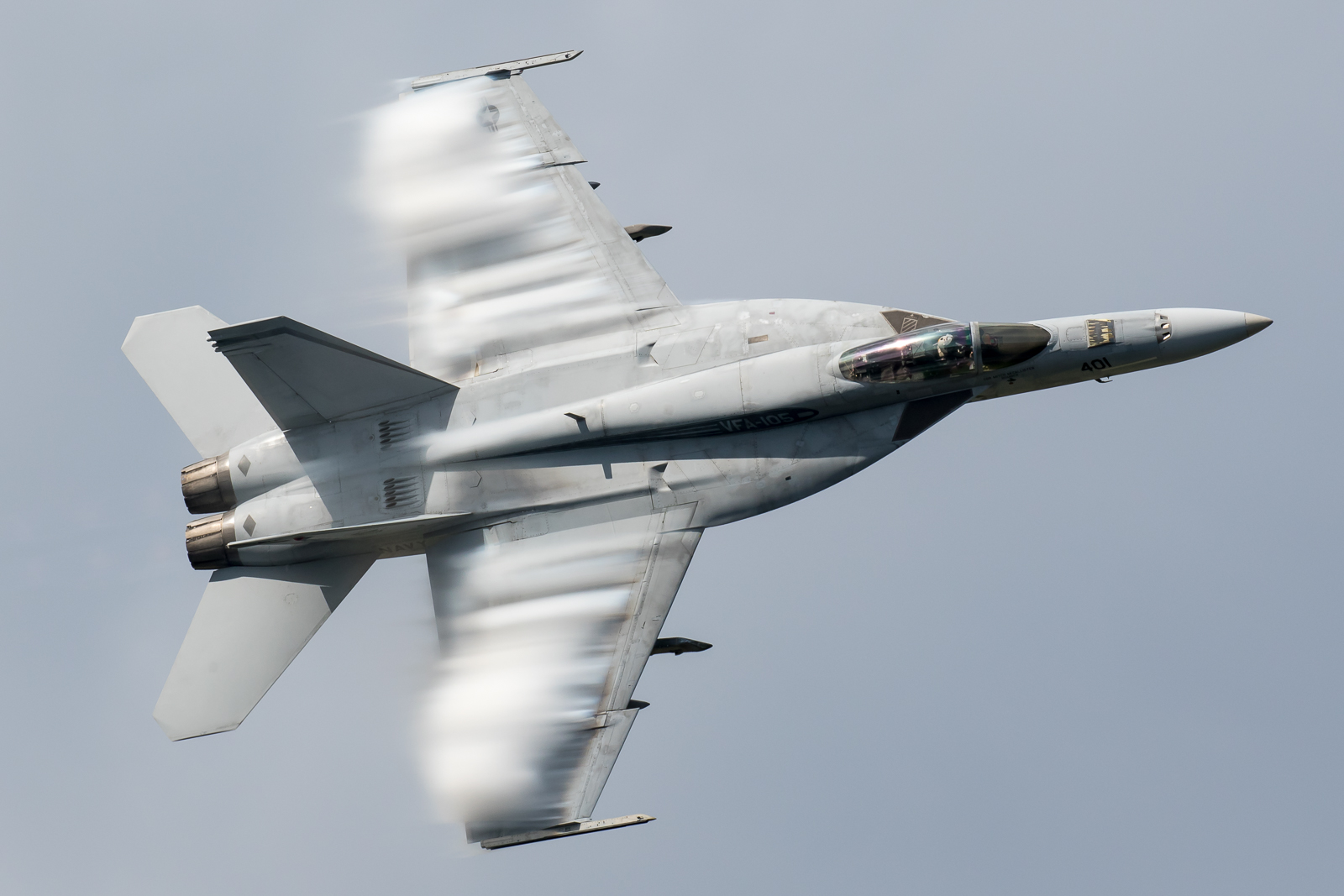 © Adam Duffield - F/A-18E 166651 performing a sneak pass - NAS Oceana Airshow 2017