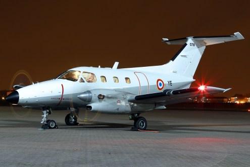© Mark Kwiatkowski - Armée de l'Air Embraer EMB121 Xingu YE / 078 - Northolt Nightshoot XXIII