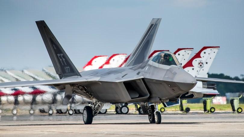 © Doug Monk - USAF F-22A Raptor Demonstration Team - Joint Base Andrews Air Show 2017