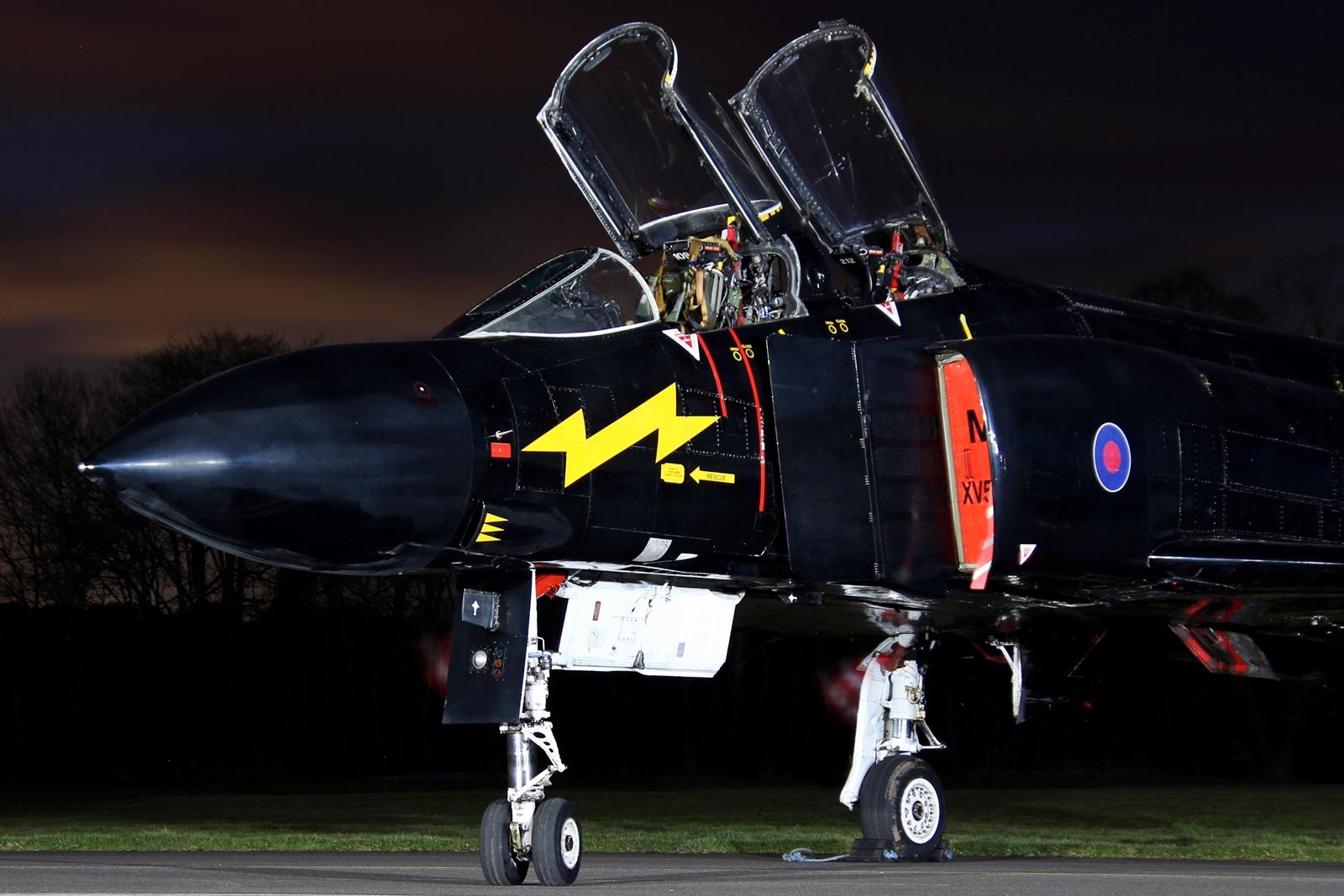 © Jamie Ewan - McDonnell Douglas F-4 Phantom FG.1 XV582 'Blackmike' - RAF Cosford Nightshoot