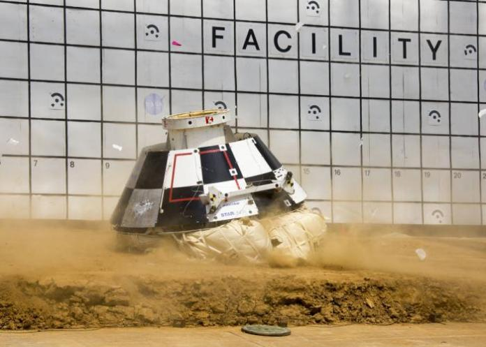 Boeing CST-100 Simulate Return From Orbit Picture