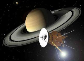Cassini orbiting Saturn