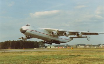 Antonov An-225 picture