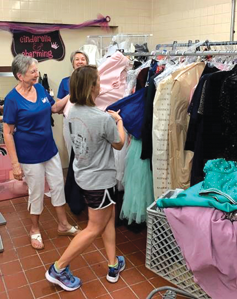 Cinderella S Closet At Luke Receives Gowns In Time For Air