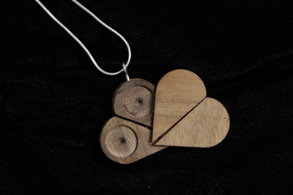 The illusionist locket by jeffrey gay the illusionist locket by jeffrey gay aloadofball Image collections