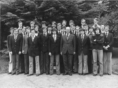 Album : 1978 1978 A 6ème Latin-Grec A 1977-1978. Titulaire : Père De Schuyteneer sj