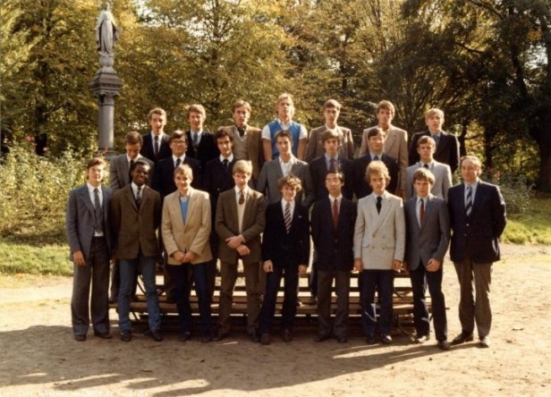 Album : 1984 1984 IA & IB 6ème scientifique A & B 1983-1984
