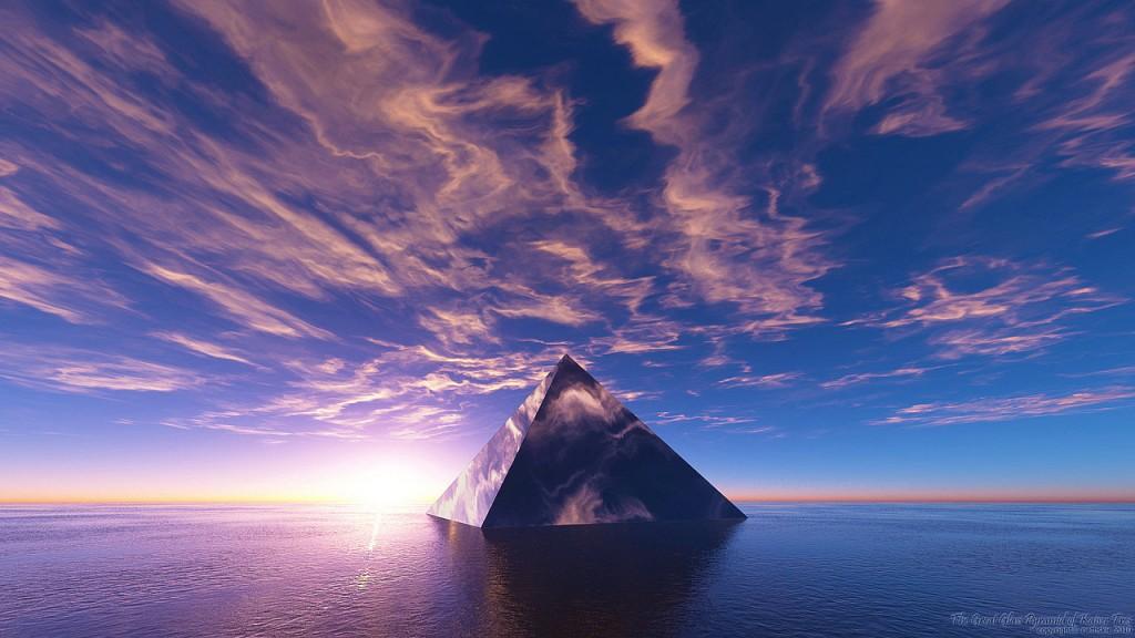 glass_pyramid_of_kaiser_tres_by_nethskie-d2zvjl8