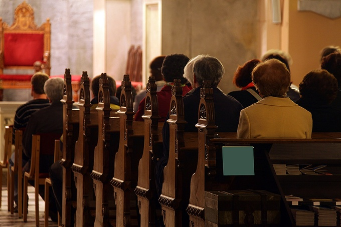 Politics not primary reason people leaving churches, study suggests