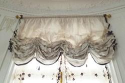 Stores bouillonnés-rideaux
