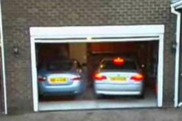 deux-voiture-garage