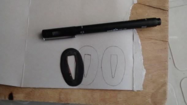 10 - SEPPA (arandela ovalada).- Realización de plantillas de cartón, (dos piezas).