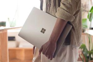 Surface Laptop 3 arriva con display da 15 pollici e processore AMD