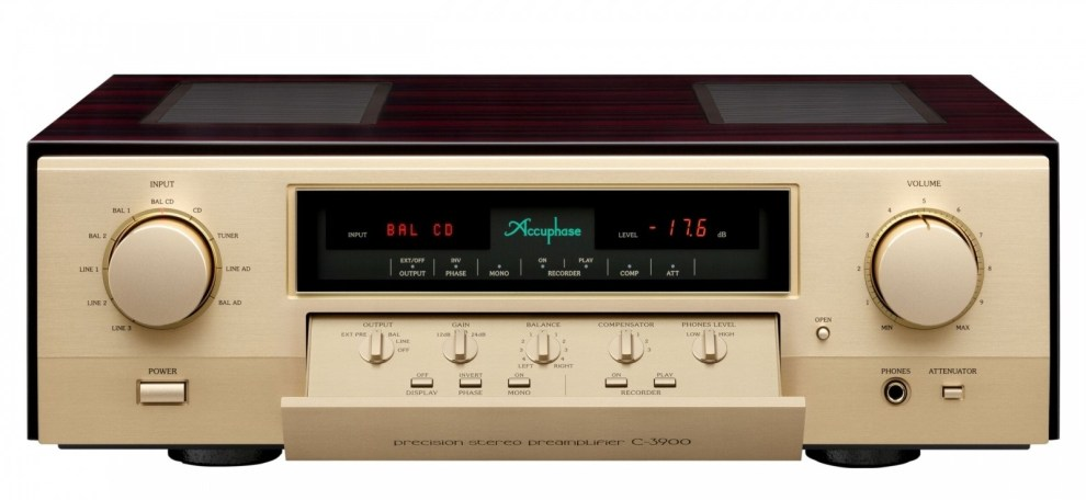 accuphase c3900