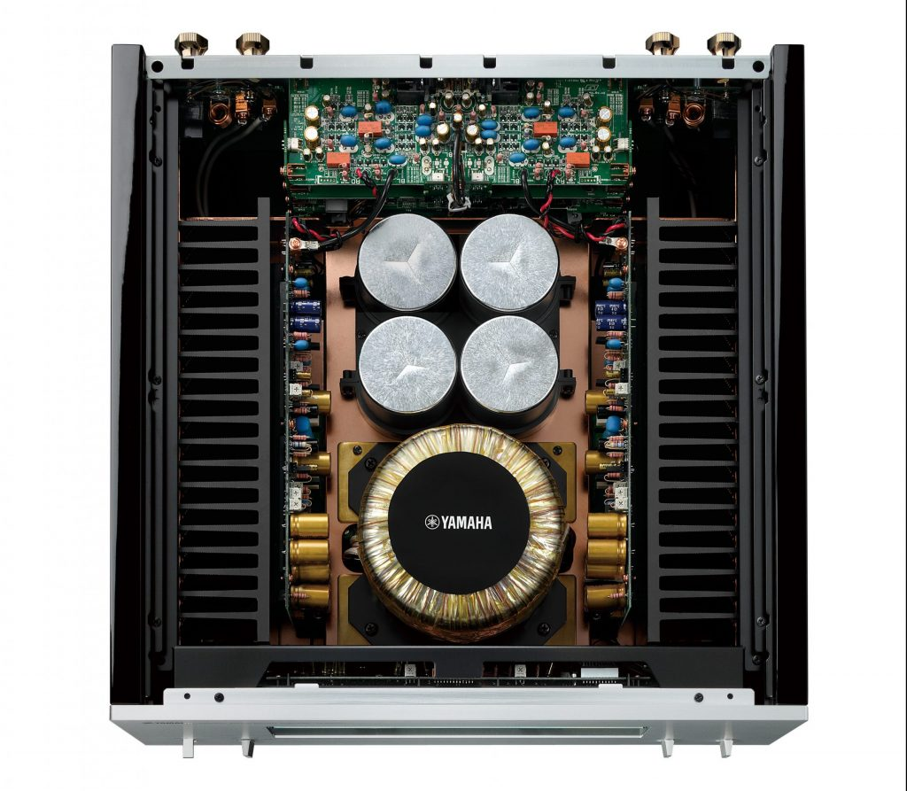 Yamaha C5000 e M5000: cuore analogico.