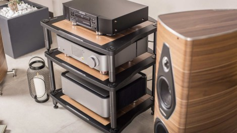 Bassocontinuo Classic Line 2.1: il rack hi-fi entry-level si rinnova