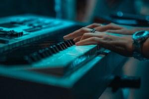 Come scegliere una tastiera MIDI USB