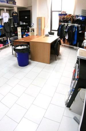 Napoli affitto laboratorio Start-Up attrezzato clima parcheggio euro 399 mese