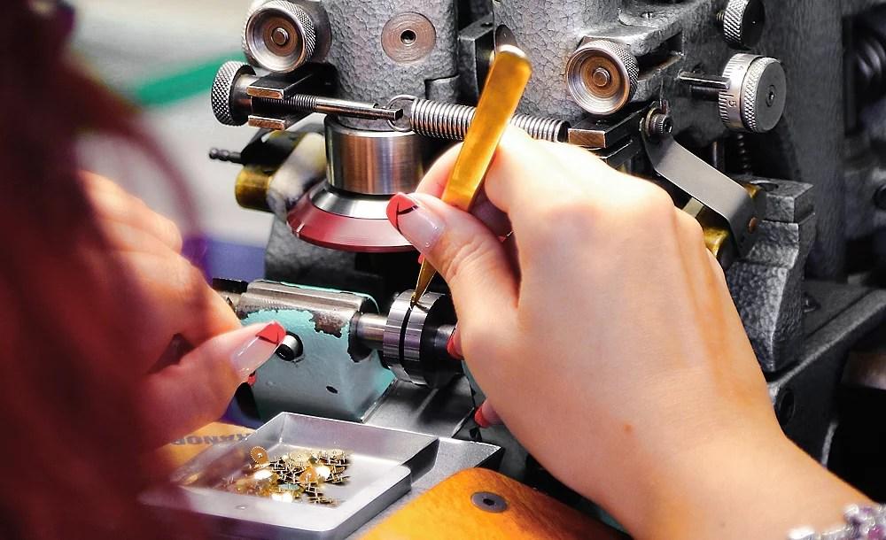 job burnishing manufacturing swiss watch equipment affolter geartrain
