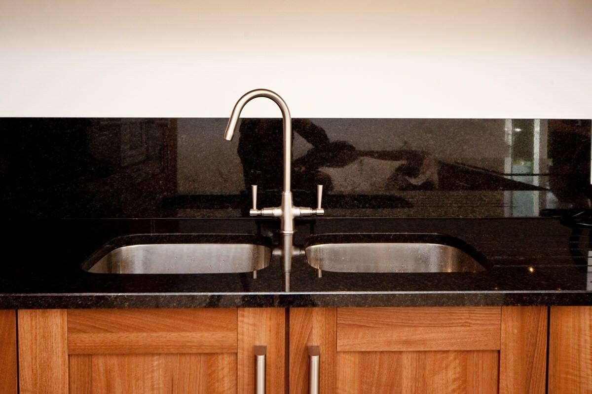 kitchen sink trends 2017