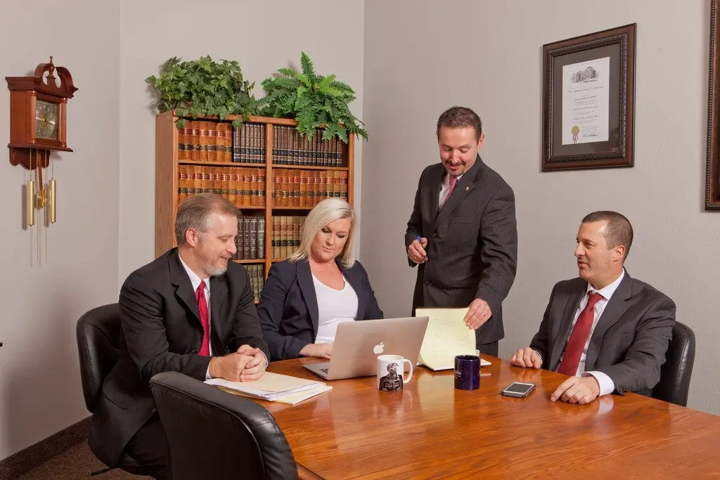 Get Affordable Legal Services By The Best Missouri Lawyers